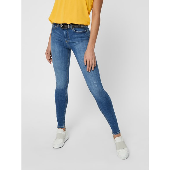 Smal Jeans Mid-Waist Pcdelly MW Skn Jns B181