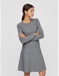 Stickad klänning Vmnancy Ls Knit Dress